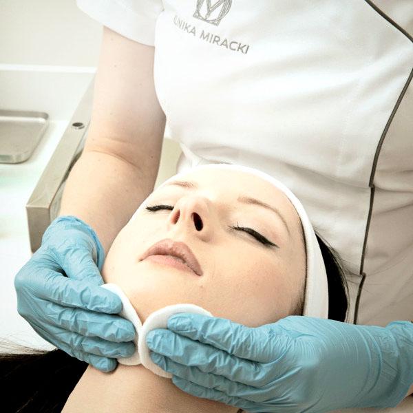 Dermatologia w Klinice Miracki - zabiegi dermatologiczne Warszawa