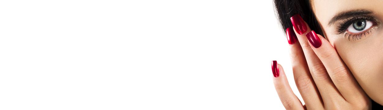 Regeneracja i rekonstrukcja paznokci - jeżeli masz problem z rozdwajaniem, łamliwością, kruchością, zadziorami, uszkodzoną macierzą paznokci ten zabieg jest dla Ciebie Klinika Miracki Warszawa ceny opinie efekt
