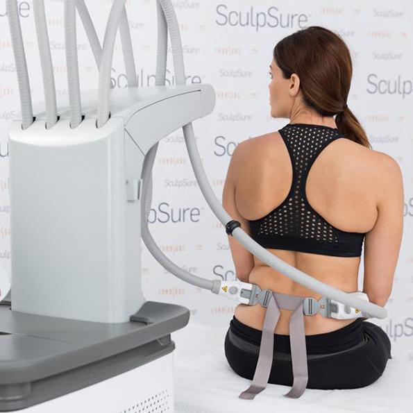 Laser SculpSure - redukowanie tłuszczu wyszczuplanie ciała, modelowanie sylwetki Klinika Miracki
