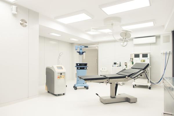 lipoliza, lipoliza laserowa, redukcja tkanki tłuszczowej, modelowanie sylwetki, usuwanie tkanki tłuszczowej,