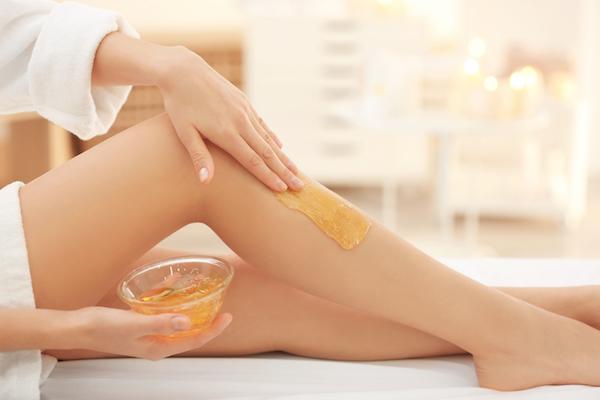 Depilacja woskiem - jedna z najstarszych metod usuwania włosów