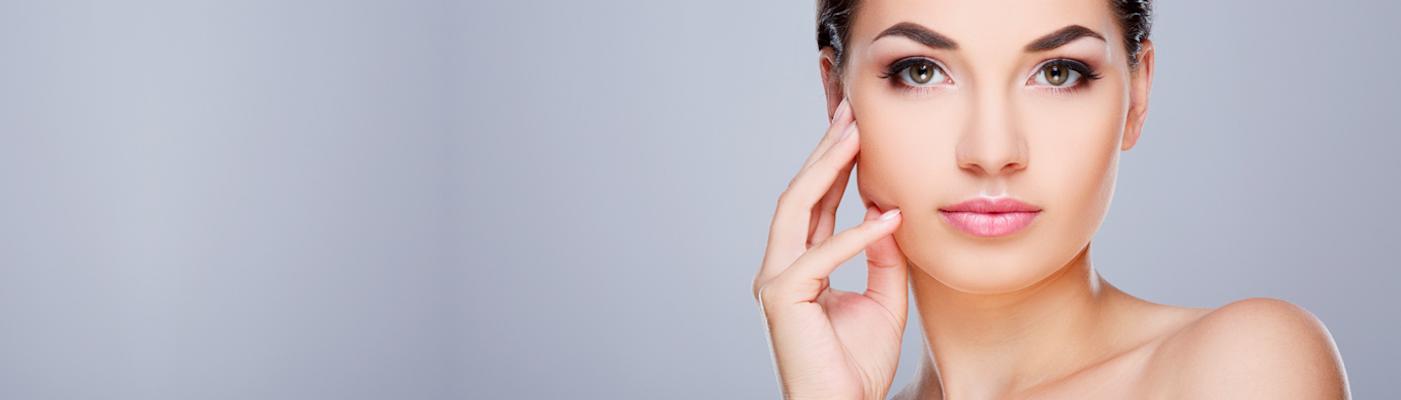 Odmładzanie twarzy – poznaj najskuteczniejsze zabiegi likwidacji zmarszczek i poprawy kondycji skóry!