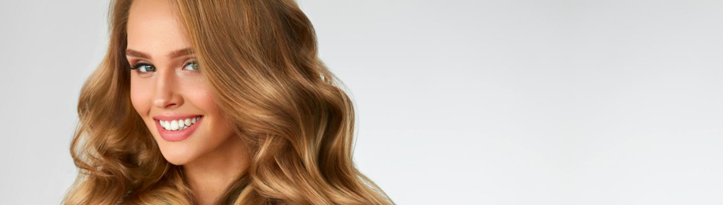 Jak przeciwdziałać wypadaniu włosów - podpowiadają eksperci Kliniki Miracki