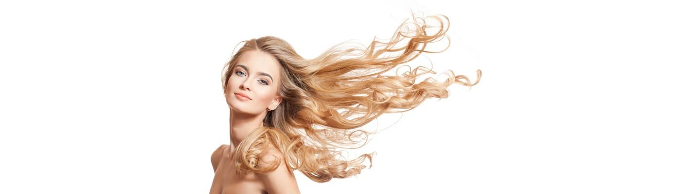 Łysienie to problem dotykający nie tylko mężczyzn – przyczyny są różne. Przeszczep włosów Smart Graft – poznaj nowość w Klinice Miracki!